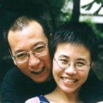 Il premio Nobel cinese 'malato terminale' entra in ospedale. Torture in prigione