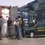 Rifiuti plastici bloccati nel porto di Napoli: erano destinati alla Cina