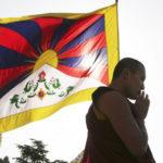 Cina mette in guardia l'India su visita del Dalai Lama nel Paese