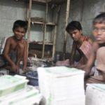 Bangladesh, lavorare a 12 anni per non morire di fame.