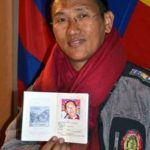 Venice : Opening of the Tibetan Embassy with the Tibetan Passport's issuance (Traduzione Italiano)