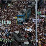 Hong Kong, 400mila in marcia per il suffragio universale