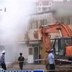 CINA- Demolizione coatta, cittadino cinese si difende lanciando petardi