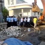 Cina: Forze urbane cinesi si scontrano con l'Esercito di Liberazione del Popolo