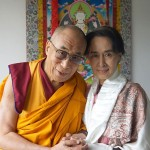 Cina-Tibet: tibetani picchiati e arrestati perché trovati in possesso di foto del Dalai Lama