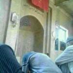 CINA: In Xinjiang gli Uighuri devono inchinarsi alla bandiera cinese prima di entrare in moschea