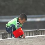 """La Cina fa marcia indietro: """"La politica sulle nascite, i  cambiamenti non sono importanti"""""""