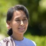 Aung San Suu Kyi:  La riforma della Carta  Costituzionale  della Birmania dipende dal Capo Militare