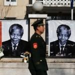 Giornali cinesi: non parlare di democrazia o Dalai Lama con la scusa di Mandela
