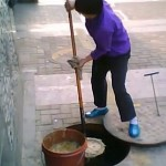Olio di fogna per cucinare, una realtà comune in Cina