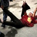 La Cina comunista impone nuove regole ai tibetani per impedire le auto-immolazioni