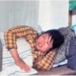 Cina : coloro che violano la politica del figlio unico sono puniti più severamente rispetto a coloro che violano altre leggi.