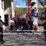 Studenti del Liceo Scientifico di Pontedera (Pi) in gita a Monaco incontrano un praticante del Falun Gong e conferma violazioni dei diritti umani in Cina.