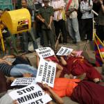 Tibetani del villaggio Lhatok di Chamdo torturati ferocemente  per essersi opposti ad un progetto minerario