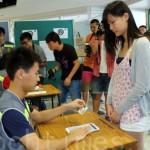 Cina: Hong Kong vota per la democrazia
