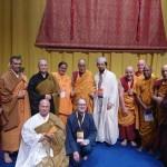 Il sindaco di Livorno Filippo Nogarin consegna la cittadinanza onoraria e le chiavi della città a S.S. Dalai Lama (Video)