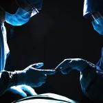 """Cina: medico cinese colpevole di """"abuso di trapianti"""" sulla stampa, ma non in tribunale"""