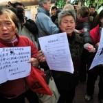 Petizionisti cinesi fanno irruzione in una 'prigione nera' per salvare un amico