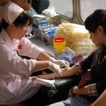 Cina: se vuoi la patente, devi dare il sangue allo Stato