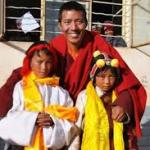 TIBET: liberato il monaco buddista Khenpo Kartse, condannato a due anni e mezzo di carcere