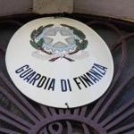 Al valico Commerciale la GdF sequestra 300mila capi d'abbigliamento per 3 milioni di euro