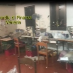 """Riviera del Brenta, GdF: 9 operai in nero e 22 irregolari, costretti in luoghi malsani. """"Sfruttano loro connazionali e danneggiano il Made in Italy"""""""
