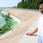Continua la lotta dell'uomo che voleva salvare il lago
