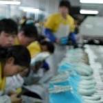 Myanmar-Cina:Yangon, centinaia di operai assaltano una fabbrica cinese