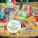 Cibi contraffatti in Cina e portati in Italia: sequestrati 335 milioni di prodotti alimentari. Ecco quali sono