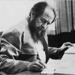 """La libertà, la stampa e l'Occidente """"totalitario"""". Capire il presente con un discorso di Solženicyn del 1978"""