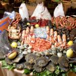 Roma, blitz nel mercato Esquilino: sequestrata una tonnellata di pesce. VIDEO