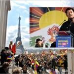 """PARIGI: imponente manifestazione pro Tibet,""""Europe stands with Tibet"""" (Video)"""