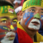 Profughi Tibetani in India arrestati durante manifestazione davanti ad ambasciata cinese a Nuova Delhi (Video)