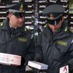Maxi sequestro in quattro negozi cinesi: 'Prodotti pericolosi e illegali'