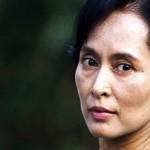 Oggi prima visita diplomatica di Aung San Suu Kyi in Cina.