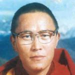 Tibet, cremato il corpo di Tenzin Delek Rinpoche. Dubbi sulle cause della morte.