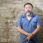 """Cina, la denuncia di Ai Weiwei l'attivista cinese: """"Demolito il mio studio a Pechino dalle autorità """""""