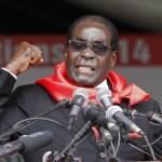Cina offre il suo 'Nobel per la pace' a Mugabe, dittatore dello Zimbabwe, accusato di torture e assassini