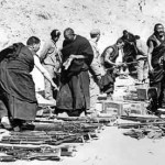 28 Marzo 1959: la fine del Tibet. La Cina blocca nel sangue la rivolta tibetana [Video]