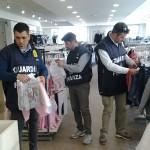 La Spezia-Sarzana: blitz nel negozio cinese, sequestrati 50mila prodotti
