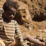 AMNESTY denuncia le multinazionali: i bambini muoiono per estrarre il cobalto dei telefonini
