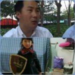 """Il papà imprigionato in Cina, bimba di sei anni si veste da cavaliere: """"Voglio salvarlo"""""""