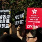 """Hong Kong, i candidati al parlamento """"devono giurare fedeltà alla Cina"""""""