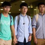 """Hong Kong, niente carcere per i tre giovani leader della """"Rivoluzione degli Ombrelli"""""""