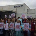 Scioperano gli operai delle multinazionali che abbandonano la Cina