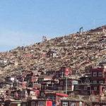 Larung Gar: la demolizione continua senza soste. Prese di mira abitazioni delle monache