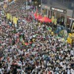 HONG KONG – CINA: Victoria Park – si al raduno pro-Pechino, no alla marcia annuale della democrazia