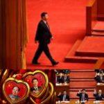 CINA Xi Jinping come Mao Zedong: il suo 'pensiero' e il suo nome nella costituzione del Partito