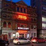 Il teatro della Royal Court di Londra censura opera sul Tibet causa timori di reazioni negative di Pechino