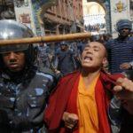 Pechino ordina ai tibetani di denunciare i sostenitori del Dalai Lama
